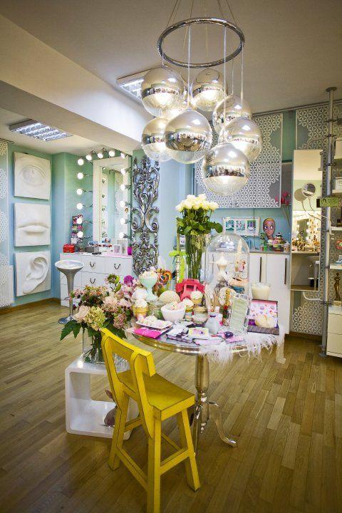 Powder Room powered Alexandru Abagiu #beautydistrict #beautysalon, #beautysalonconcept