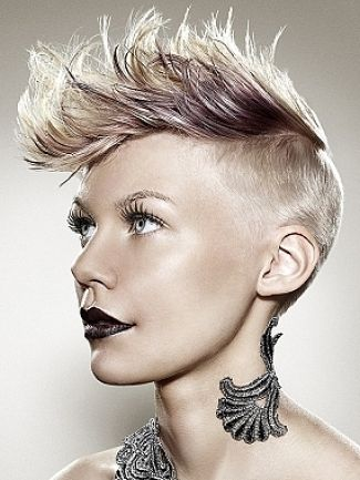 I Want it.: Short Hair, Blondes Hairstyles, Punk Fashion, Beautiful, Shorts Haircuts, Formal Hairstyles, Hair Style, Punk Hairstyles, Shorts Hairstyles