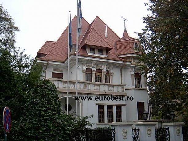 Cladire istorica in zona Dorobanti http://www.imopedia.ro/anunt/vila-in-bucuresti-dorobanti-capitale-555RUN2186.html