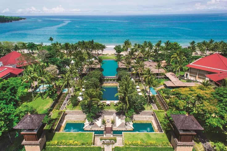 """The International Hotel Network (IHN) recently awarded an accolade of """"The Best Wedding Resort 2014"""" to Intercontinental Bali."""
