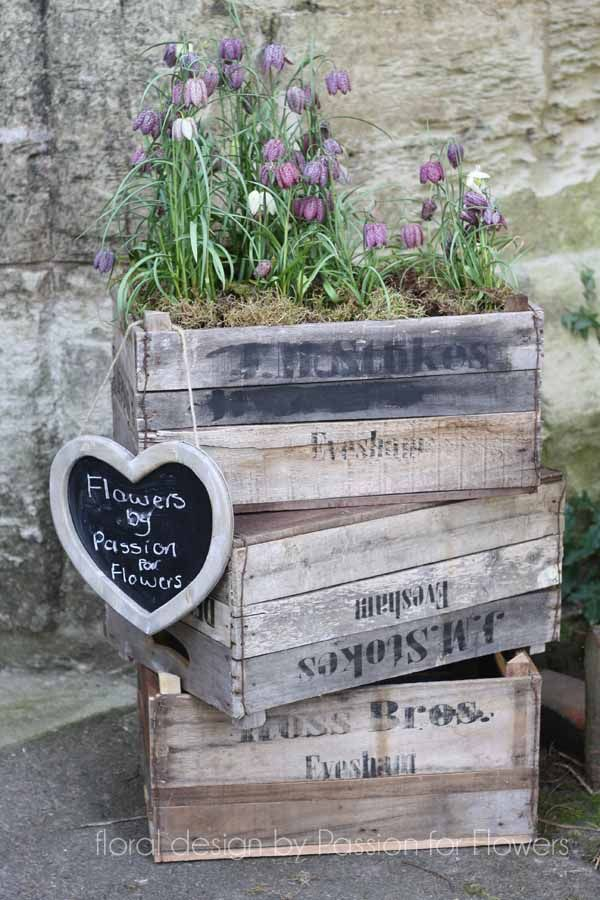 Wooden Crates £16 available from www.theweddingofmydreams.co.uk #wedding #decoration
