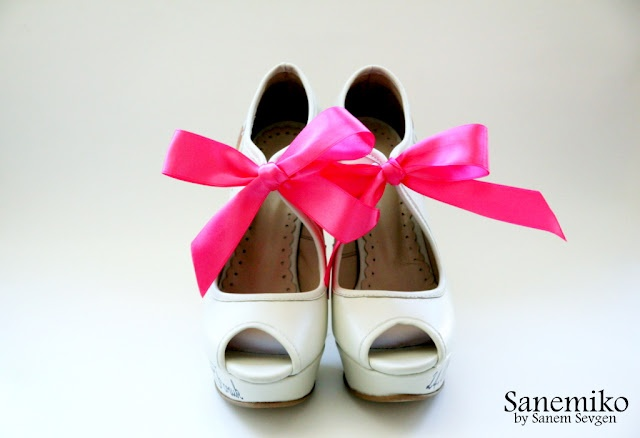 Weddbook ♥ Wedding shoes: Wedding Shoes, Bow Shoes, Pink Bows, Safety Shoes, Heels Shoes, Weddbook, Bows Shoes, Shoes 790497