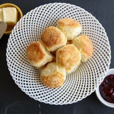 http://www.phomz.com/category/Air-Fryer/ Emeril's's Air Fried Buttermilk Biscuits