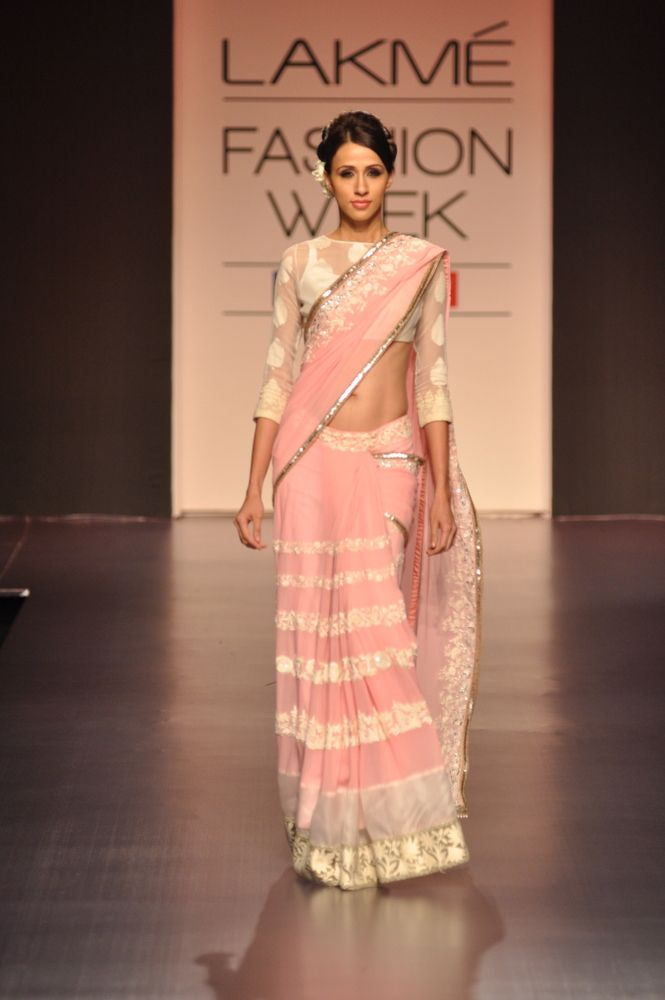 Sweet, Vintage Pink. ❤️ it! Need it! Must have it! Manish Malhotra Lakme Fashion Week Spring