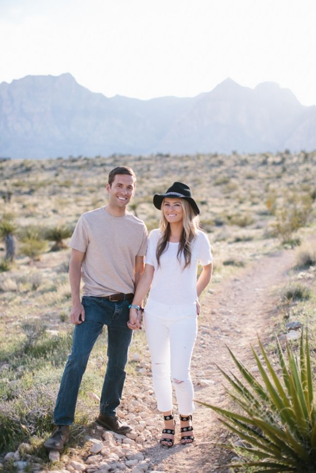 I'm absolute dying over this adorable engagement shoot by M. felt Photography. Not only is the couple super cute, but their style is killer, and itfits in perfectly with the natural beauty of Nevada's Red Rock Canyon National Park. See below for some totally swoon-worthy shots. Congratula
