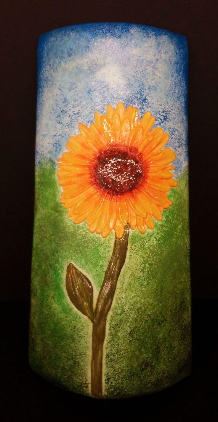 Puede servir de lámpara o simplemente para decorar. Con la colaboración de Anna S