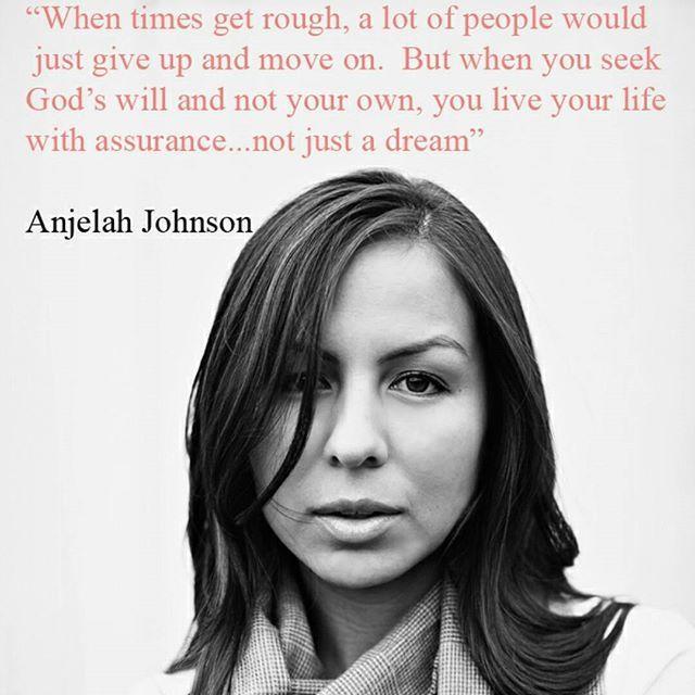 #AnjelahJohnson - Anjelah Johnson