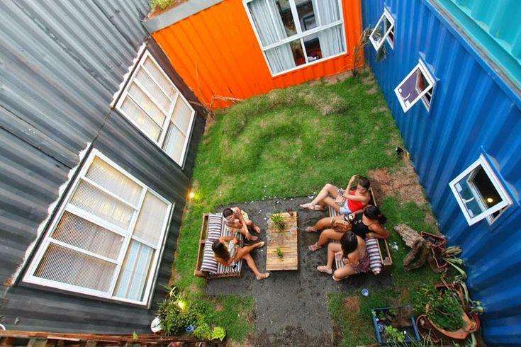 Hostel Totalmente Feito Com Conteineres - Tetris Hostel, na Foz do Iguaçu, Brasil