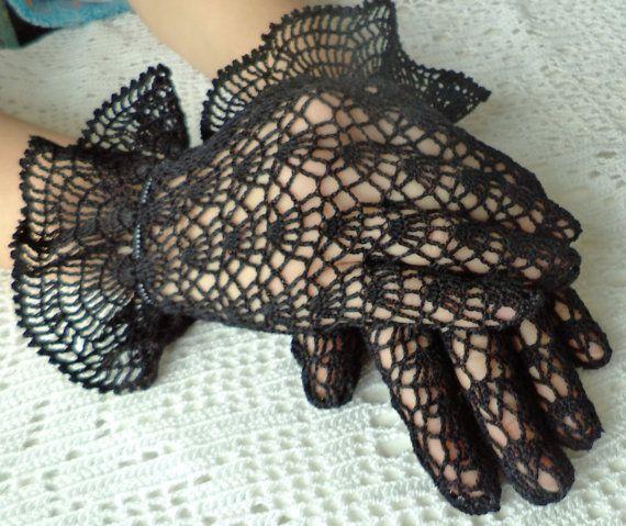 Vintage Style Crochet Lace Gloves black  by WillowFairyJewelry, $46.00