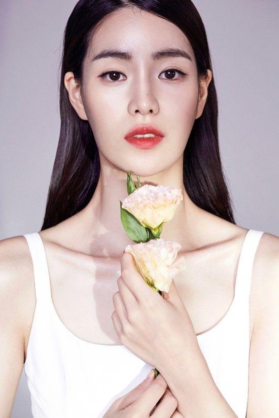 Lim Ji Yeon by Kim Eo Mil for Star1 Sept 2015