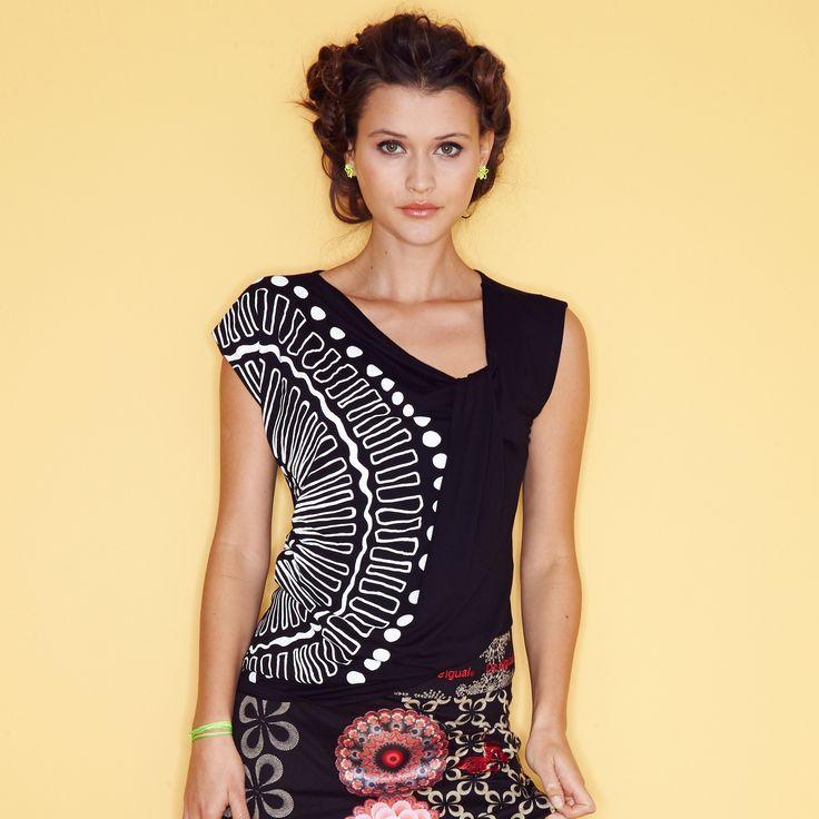 Tee-shirt sans manches imprimé graphique femme DESIGUAL - 3 Suisses