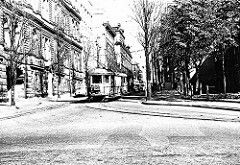O-Class tram on the way from Bronte to Terminate at the Circular Quay,Sydney (year unknown).