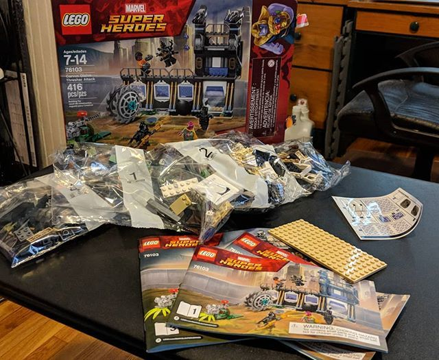 Countdown To Infinitywar Building The Lego Marvel Super Heroes Set Corvus Glaive Thresher Attack Blackpanther Vision Marvel Superheroes Hero Set Marvel