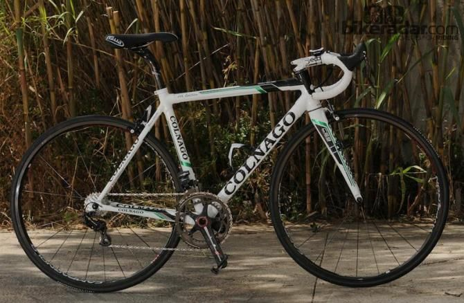 Thomas Voeckler's Colnago C59 Team Edition, a road bike with all the fixings.