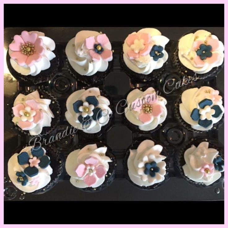 Flower cupcakes Navy Pink