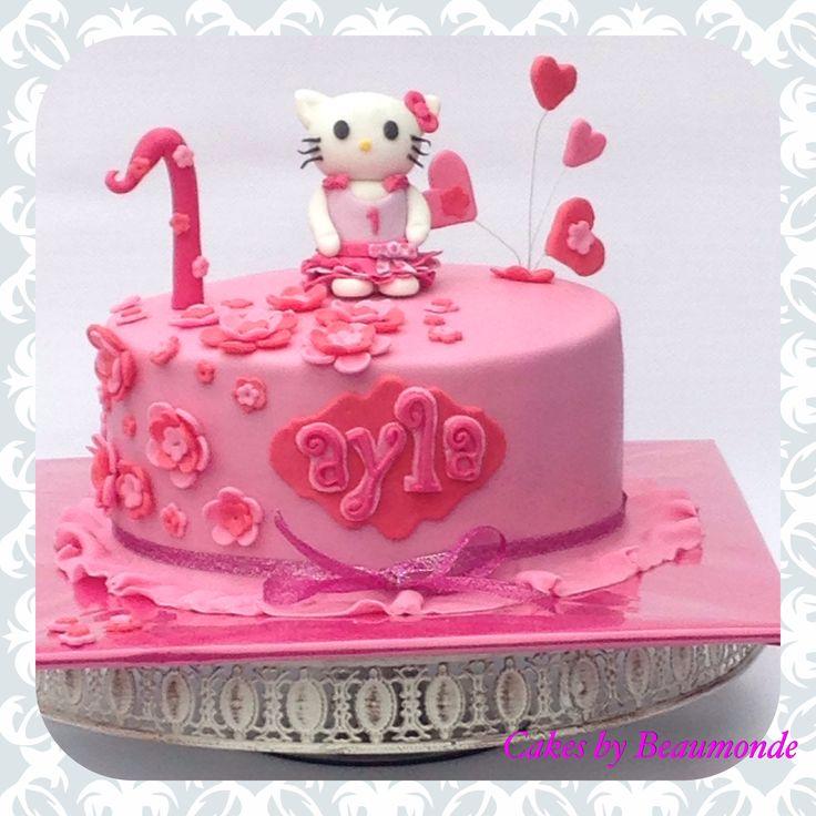 Hello Kitty Taart. De Kleertjes Van Hello Kitty Zijn