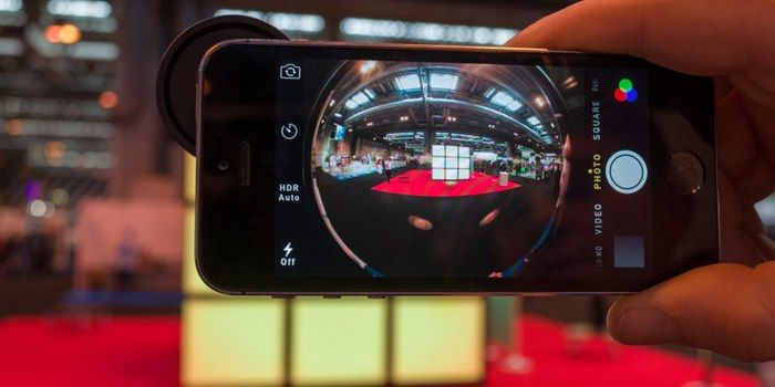 Your smartphone is already a good camera, but there are plenty of accessories out there to make it a great one. Gizmag looks at some of the best smartphone camera accessories available in 2015.