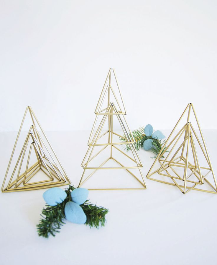 How to: Elegant and Oh-So-Simple Himmeli-Inspired Christmas Trees » Curbly | DIY Design & Decor