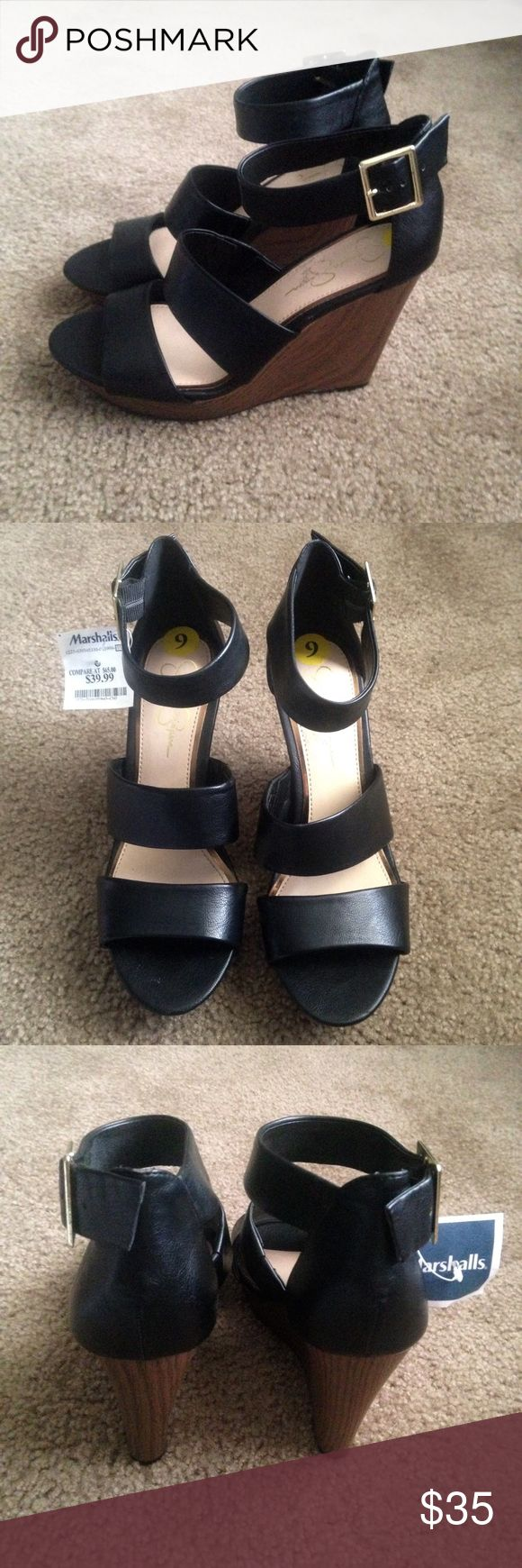 Jessica Simpson wedge shoes size 9 Jessica Simpson wedge shoes size 9 in good condition please look at pictures Jessica Simpson Shoes