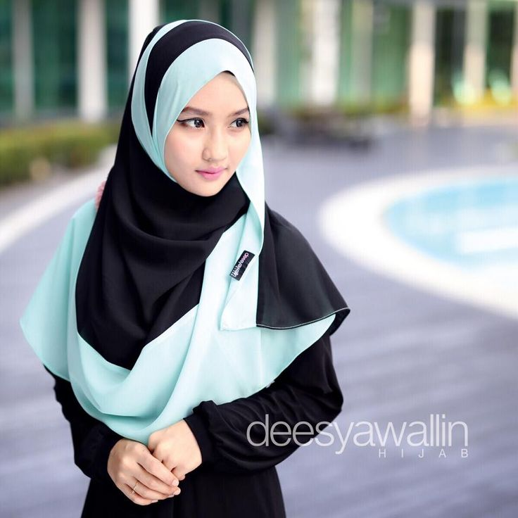 MARISSA WIDE SHAWL  Code : DHMS 013 Price : RM55.00 excluding postage  Measurement : Long (2 mtr) Wide (28 in)  Kindly PM us to order Tqsm dear
