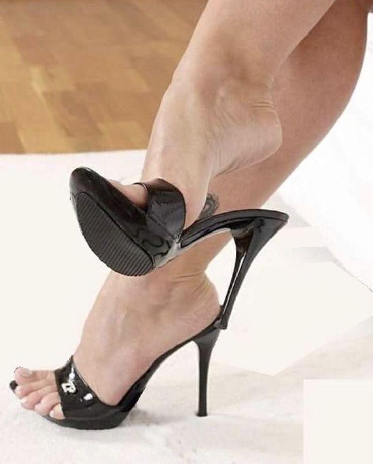 Free High Heels Feet Porn Pics