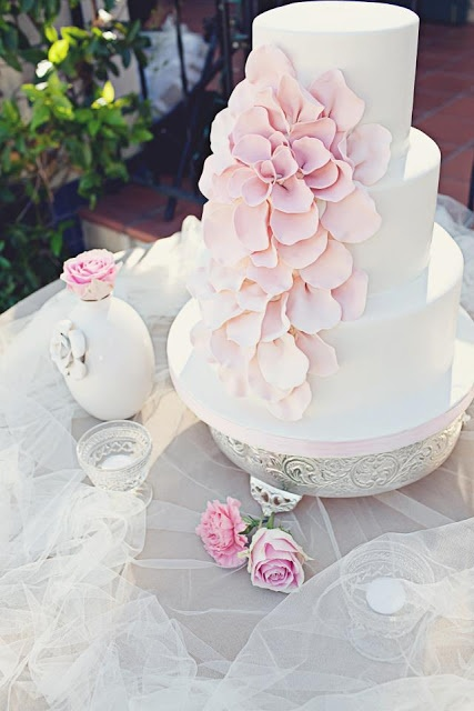 Real Wedding: Romantic Pink Ombré & White petal cake. via http://taylormadesoirees.blogspot.com/