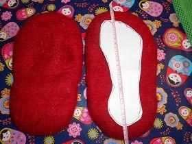 Het maken van sloffen is heel dankbaar werk: je houd er een paar heerlijk warme sloffen aan over!  Nodig: 200 gram wol (merino ...