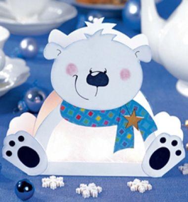 DIY Polar bear paper lantern (free printable template) // Jegesmedve papír lámpás (ingyenes nyomtatható sablon) // Mindy - craft tutorial collection // #crafts #DIY #craftTutorial #tutorial