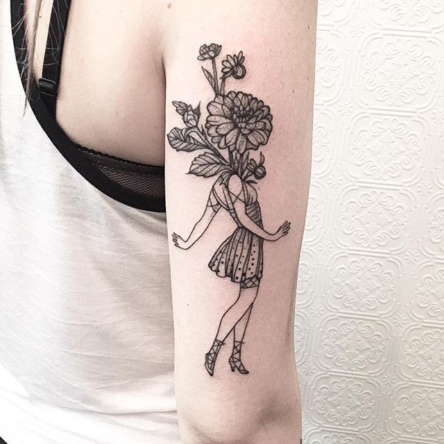 Flower arrangement - big main blossom with supporting branches, leaves and buds. Maybe not as tall (eliminate top) Artist: @johno_tattooer