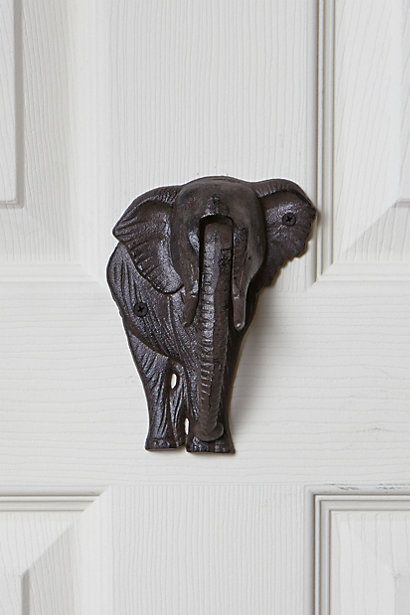 WHAAT?! Elephant door knocker. Just died. This is so awesome!