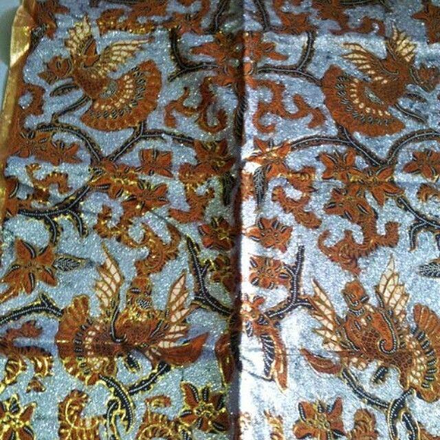 Kain batik tulis prodo; eksklusif. Rp.600.000 sepasang