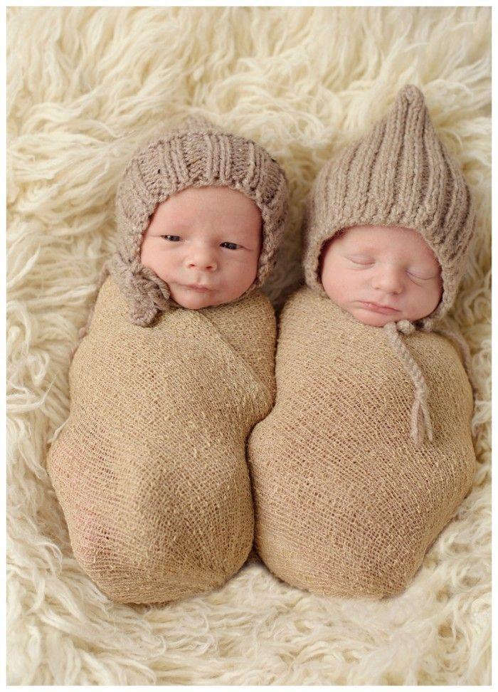 Bikin Gemash! 10 Potret Penampilan Lucu Bayik Kembar Mau Punyaa?  Dagelan