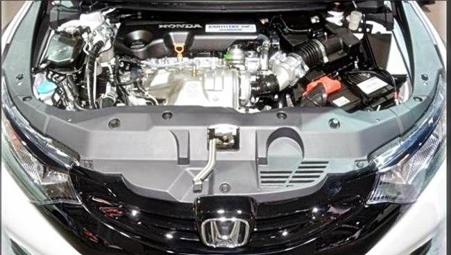 2017 Honda Civic Sedan mpg Engine