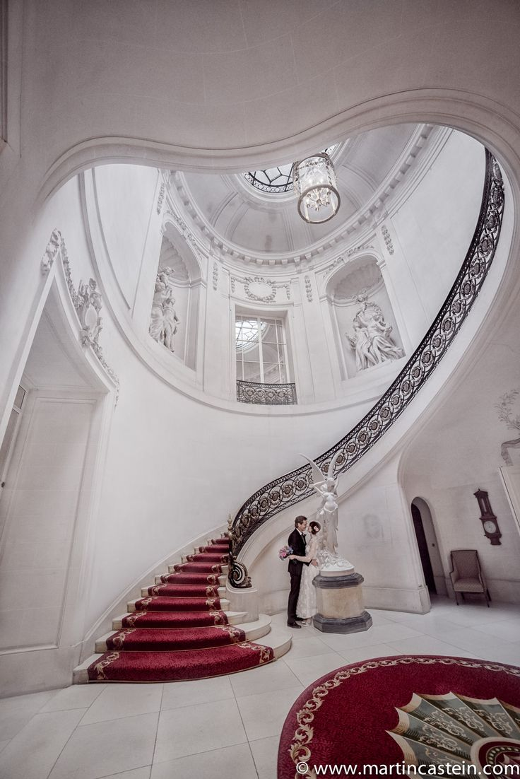 Romantic staircase at the luton hoo hotel golf and spa luxury luton hotel