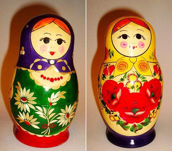 """Matrjoska baba : orosz népviseletbe """"öltözött"""" , egymásba pakolható dundi babák egyenesen a Szovjetunióból"""