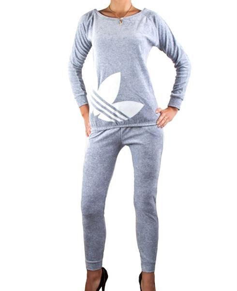 Спорт костюм в интернете дешево
