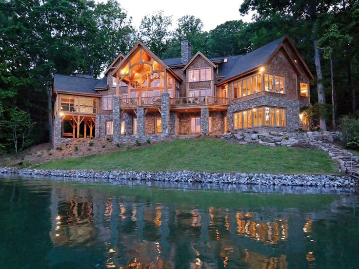 Best 25 mountain dream homes ideas on pinterest for Luxury lake house plans