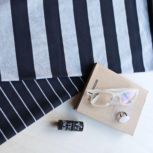 Maxi Stripes, Black - Light Melange Gray | NOSH Women Autumn 2016 Fabric Collection is now available at en.nosh.fi | NOSH Women syysmalliston 2016 uutuuskankaat saatavilla verkosta nosh.fi