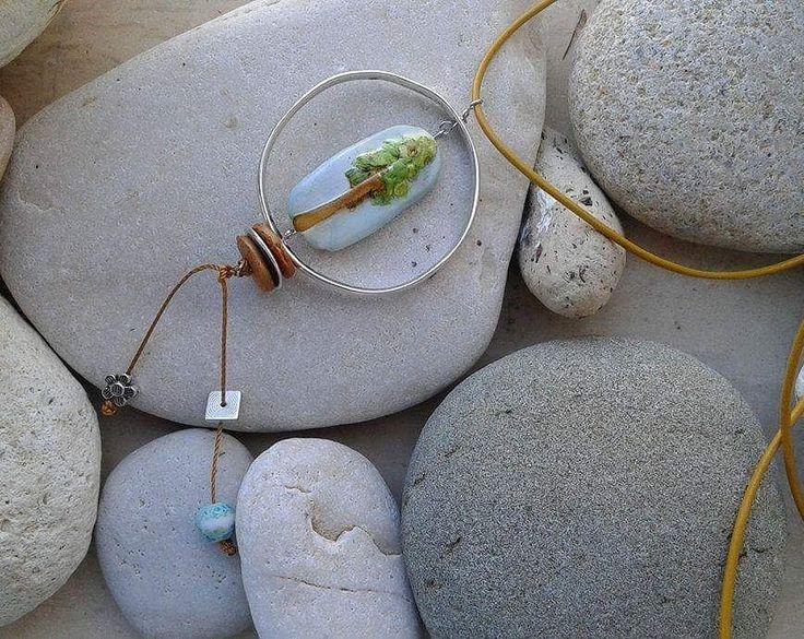#necklace #polymerclayjewellery #handmadejewellery #leathercord #flowerjewellery #bohochic #greeknecklace #greekjewellery #greekjewellerydesigners #summerjewelry #summeringreece #madeingreece #madewithlove #mepolymeraki