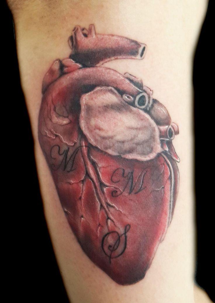 www.valestattoo.com #valestattoo #tattoo #tatuaggio #cuore #heart #amore #love #color #colorart #colortattoo #eternal #eternalink #eternaltattoo #pantherainktattoo #pantheraink #realistic #realistictattoo #realistico #photooftheday #bestoftheday #tattooartistitaly #tattooart