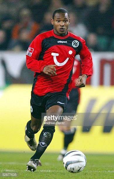 1 Bundesliga 03/04 Wolfsburg VfL Wolfsburg Hannover 96 21 Julian DE GUZMAN/Hannover