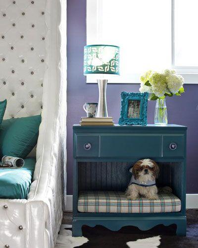 Det finnes mange morsomme og kreative møbler du kan bygge til din katt eller hund. Her er 12 eksempler.