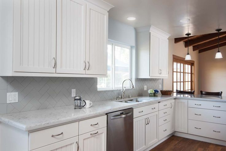 Cottage Kitchen With Cape Cod Recessed Panel Cabinets