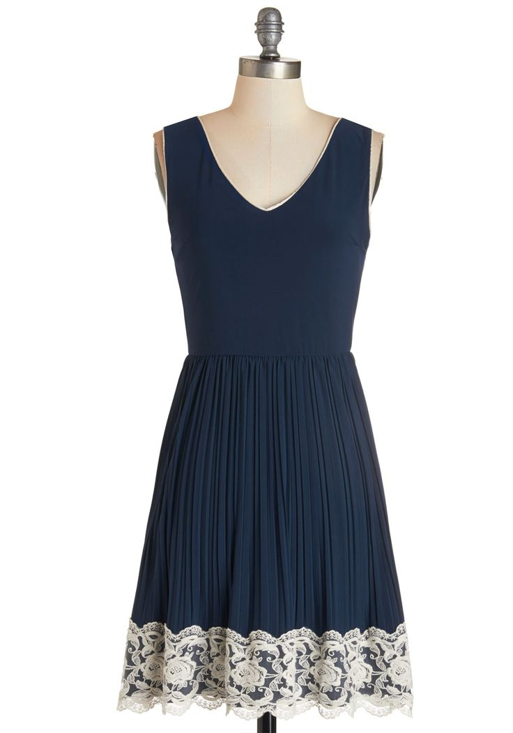 Personal Essayist Dress. You never thought youd be revealing your story to the world, but you cant help but radiate confidence, bolstered by this navy dress, as you take the stage! #blue #modcloth