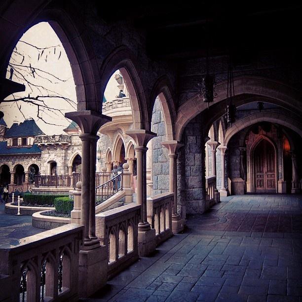 de la Belle au Bois Dormant  ♥ Disneyland Paris ♥  Pinterest ~ Rue De La Belle Au Bois Dormant