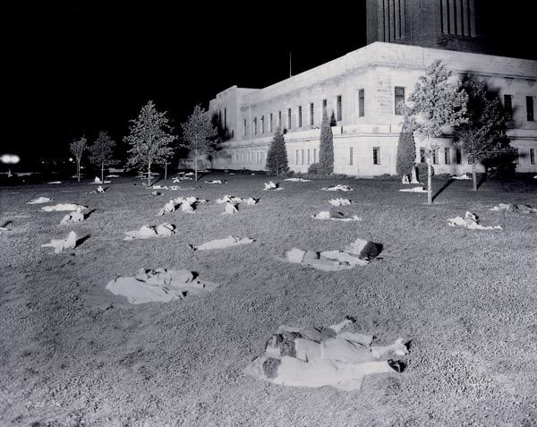 Lincoln, Nebraska on the night of July 25, 1936 when the minimum temperature fell to only 91°F in Lincoln. …without air conditioning, people spent the night sleeping on the lawn of the state capital building in Lincoln.