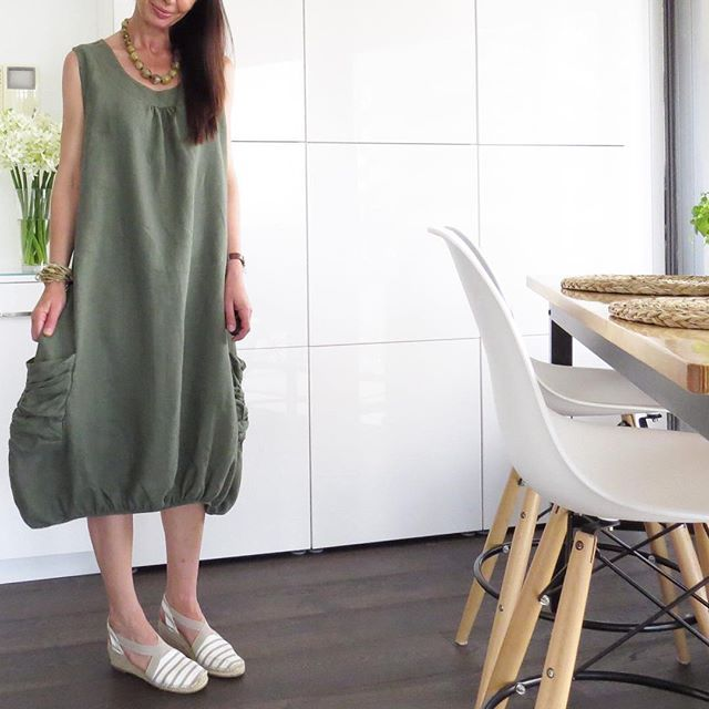 Wednesday style in this linen dress by label Puro Lino that you can purchase at @intermixmelbourne  So stylish and one size fits all.  For an imported dress at $159.00 how can you go wrong. Also it looks great with my @airflexshoes espadrilles. Today I'm waiting for all my outdoor furniture to be delivered so I might as well look stylish while I wait.  Have a great Wednesday beautifuls. #intermixmelbourne #airflexshoes #wednesday