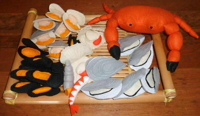 feutrine dinette poissonnerie (crabe, moule, crevette...)