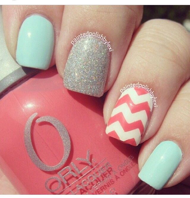 Nice Chevron Pattern Nails 11 Best Images On Pinterest Nail Scissors Make Up Looks