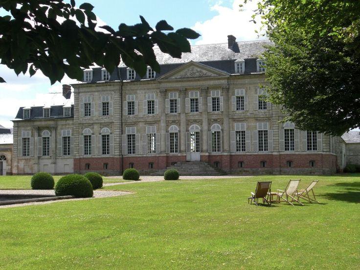 Château de Barly, près d'Arras, construit sous Louis XVI dans les années 1780.